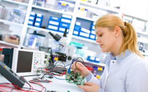 Lichtlösungen für Industriearbeitsplätze