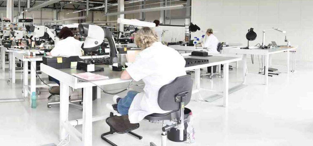 Leuchten für Industriearbeitsplätze